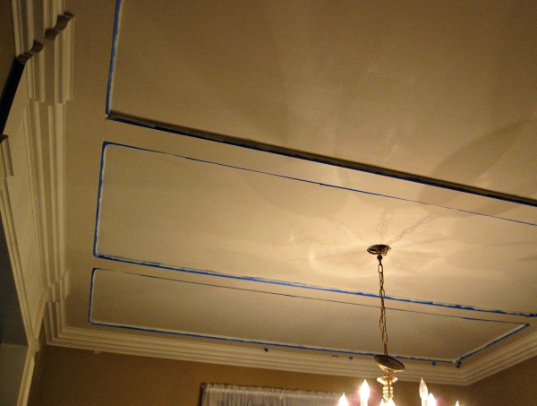 Here I paint the ceiling using a flat color.
