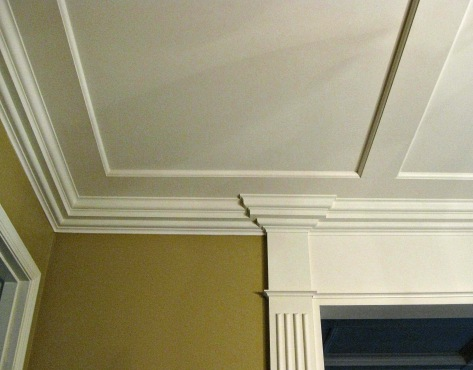 A view showing the molding heading into a corner.