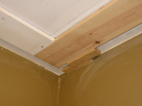 The lap joints were utilized where the beams intersect.