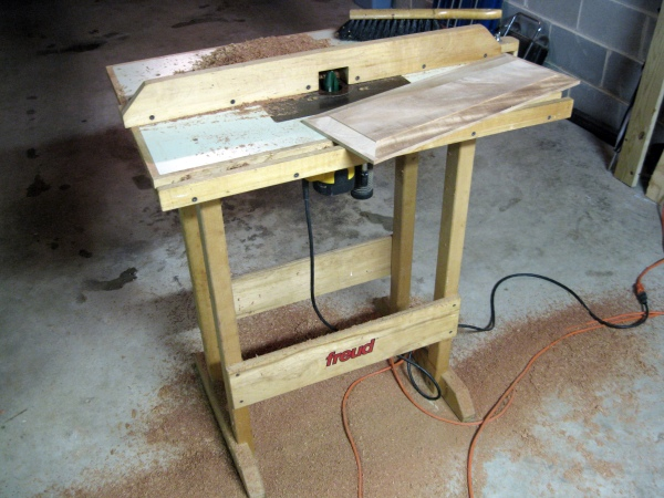 Old router table