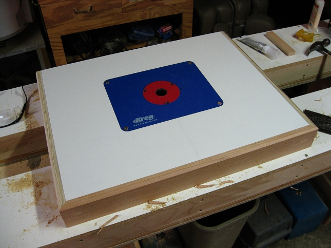 Benchtop router table plans free windy60soj benchtop router table plans keyboard keysfo Choice Image