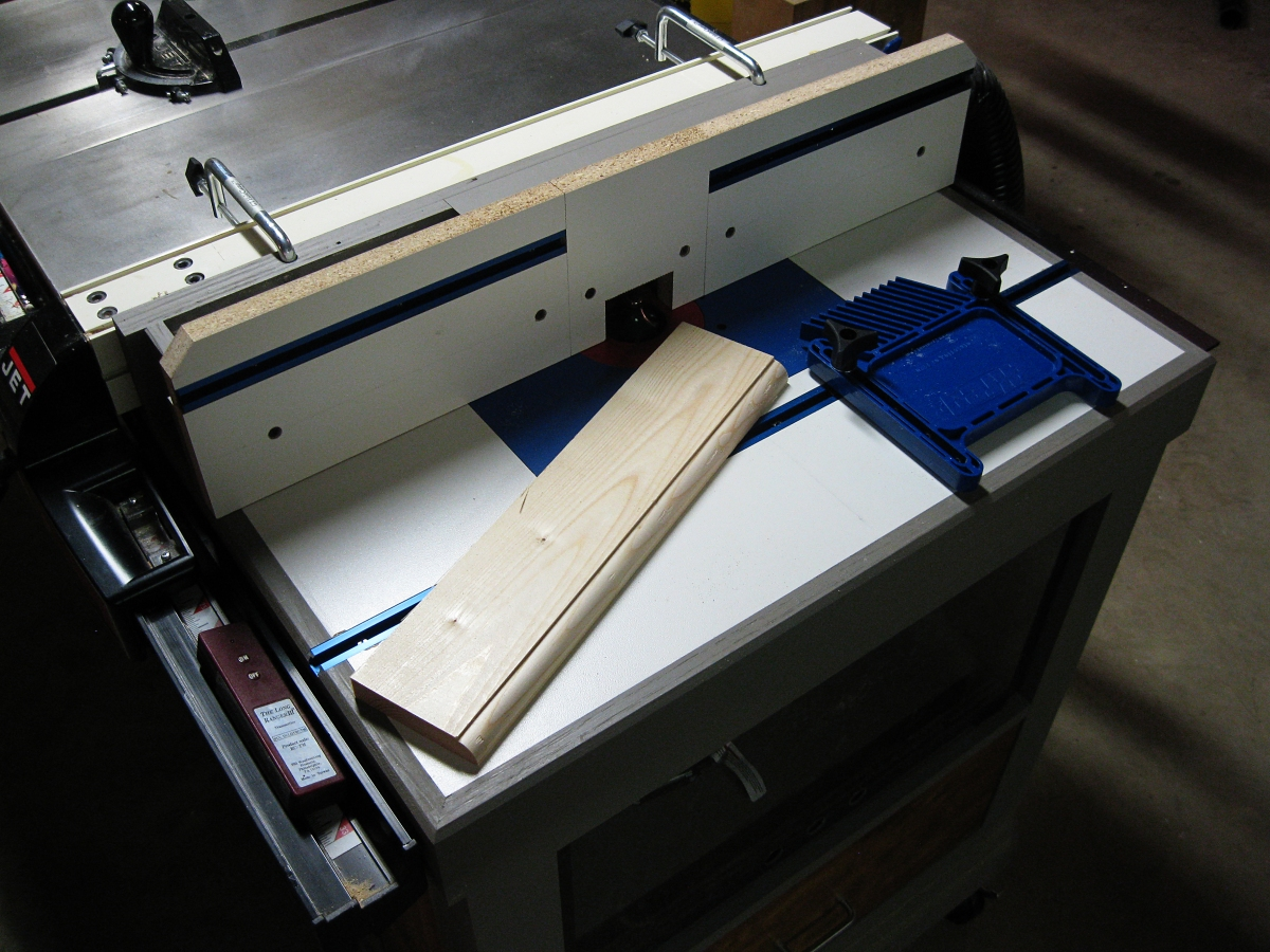 Free Woodworking Plan Feature Filled Router Table Fence