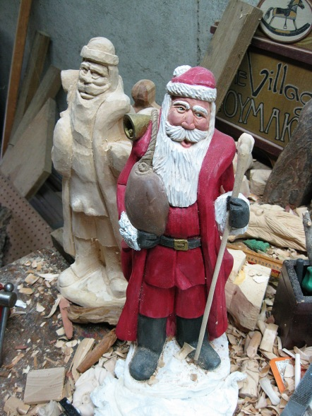 Santas, another view.