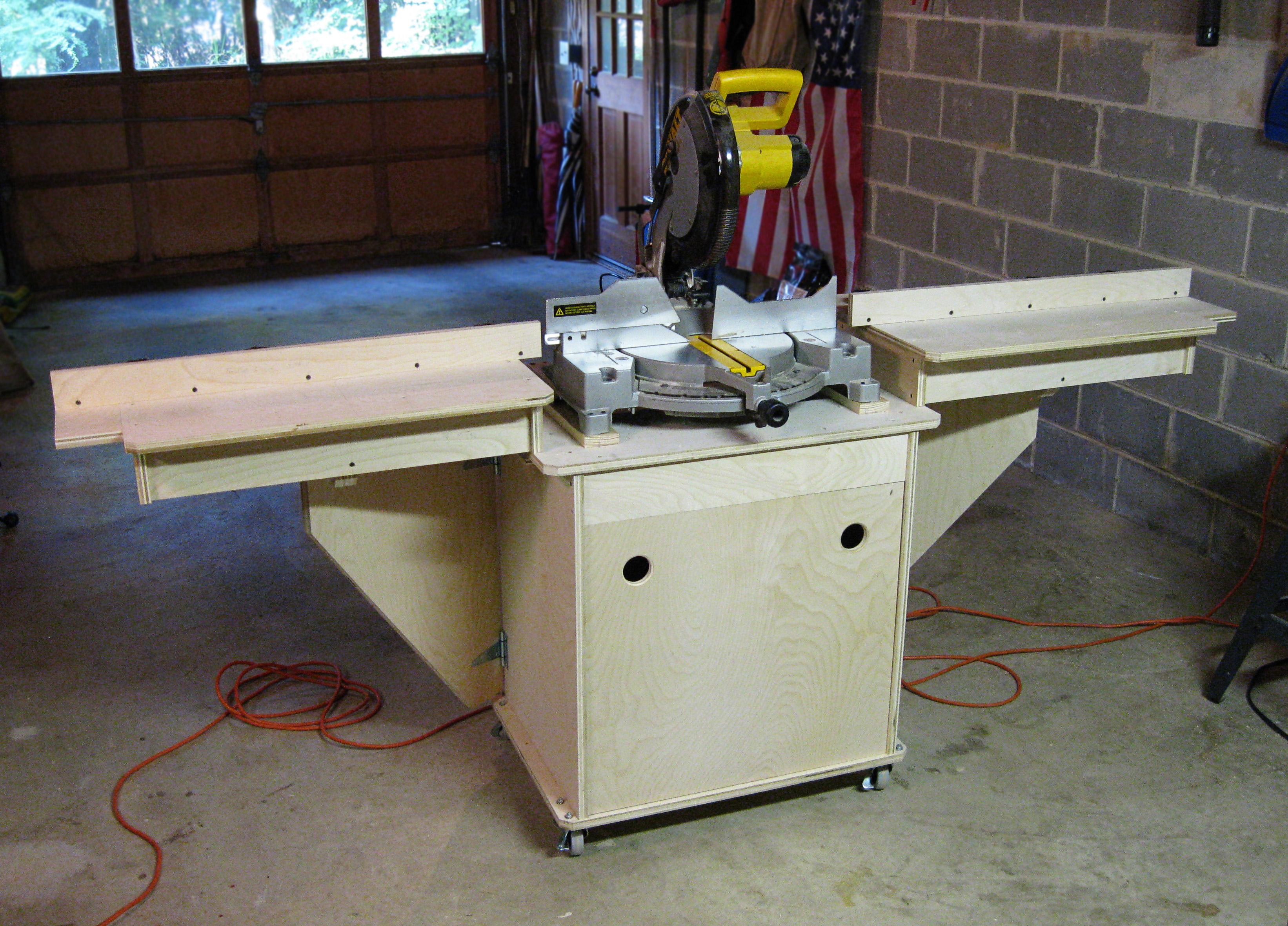 Pdf miter saw table plans pdf plans free for Table woodworking plans