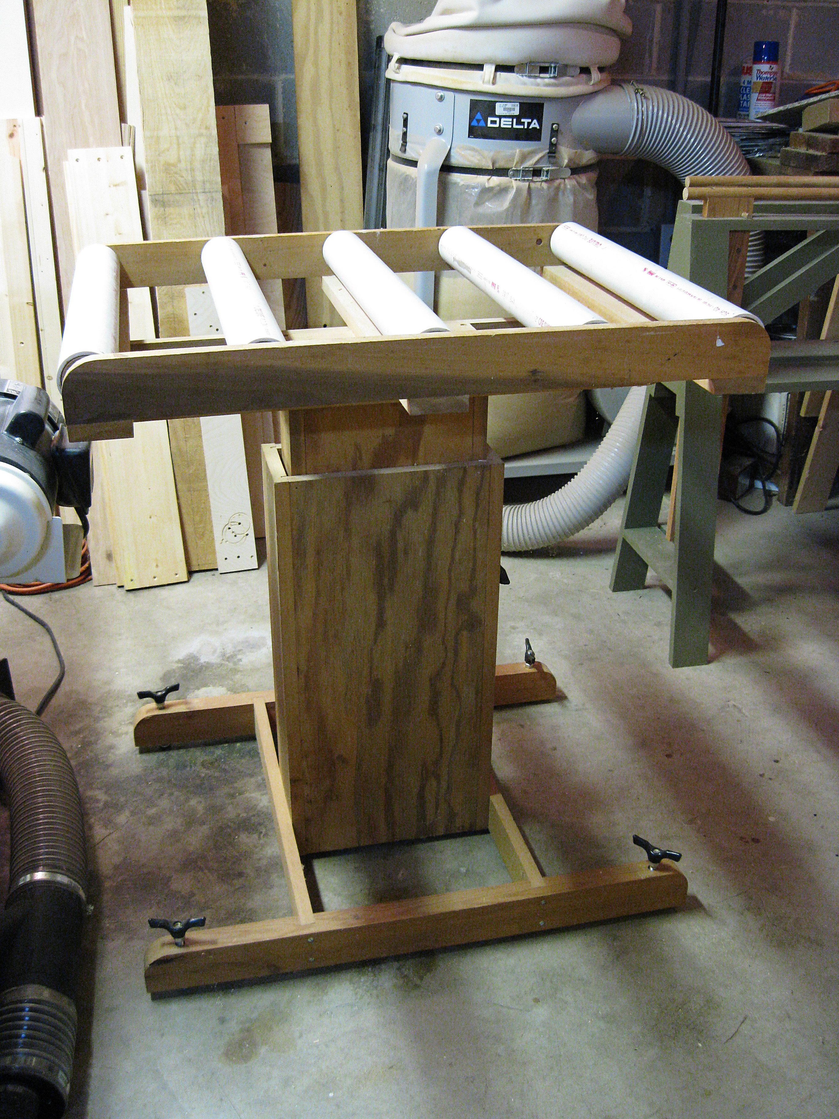 ... DIY Roller Work Stand Download rustic wooden bench plans | woodideas