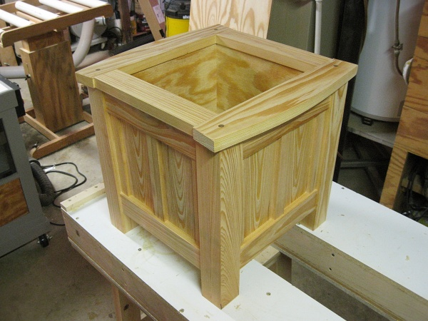 The completed planter.