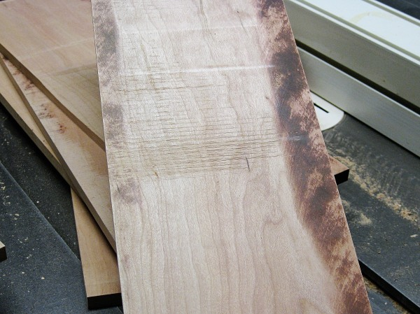 Resawing gone bad, note the saw marks in the middle of the board.