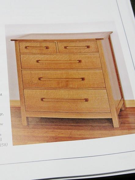 Dresser in white oak.
