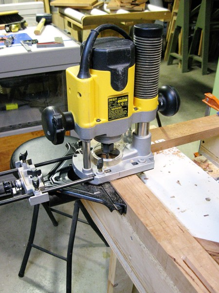 Using my plunge router to make the mortise.