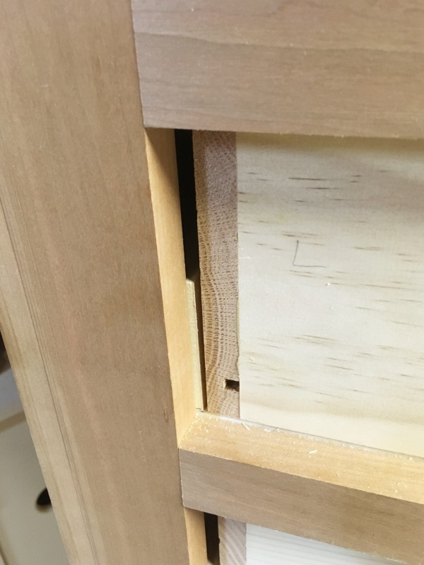 Note the gap between the left drawer side and the drawer runner.